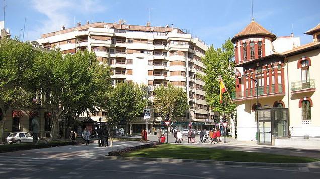 Plaza Gabriel Lodares: el inicio de la calle Ancha